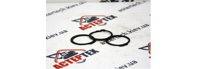 Стопорное кольцо бортовой на JCB 3CX, 4CX 821/00494